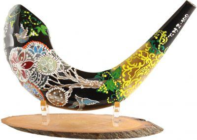 Hand-Painted Ram's Shofar Chameleon